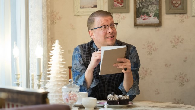 PEAAEGU AASTA INIMENE: Tartus elava ja töötava kirjaniku Mika Keräneni valis Suomi Seura aasta välissoomlaseks.