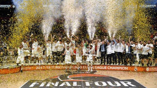 Madridi Reali meeskond.