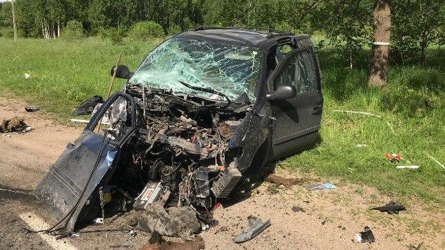 Viljandimaal põhjustas eakas juht kahe vigastatuga avarii