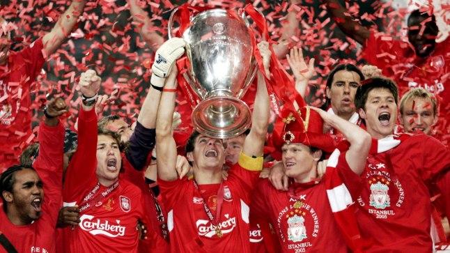 Liverpool tähstamas 2005. aasta Meistrite liiga tiitlit.