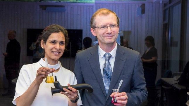 Tallinna tehnikaülikooli teadlased Protima ja Erwan Rauwel leiutasid uudse veefiltri.