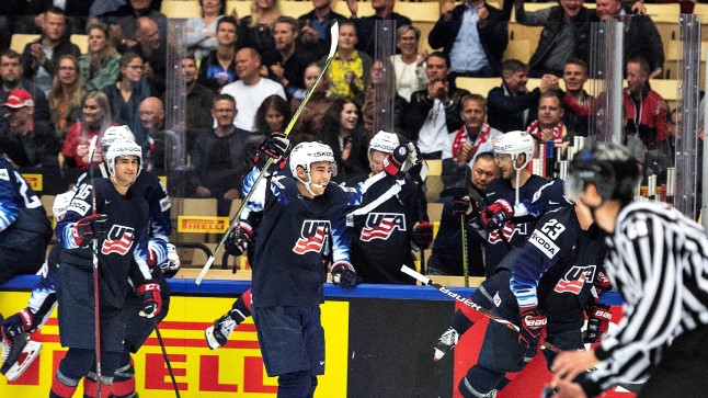 Rõõmsad USA hokimehed alistasid MMil igipõlise rivaali Kanada.