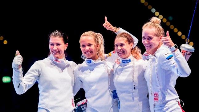 Julia Beljajeva, Erika Kirpu, Irina Embrich ja Kristina Kuusk mullu suvel pärast võidukat MMi finaali.