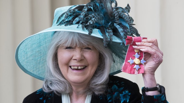 Jilly Cooper pälvis tänavu Elizabeth II-lt Briti Impeeriumi Ordu komandöri ordeni.