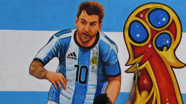 Kogu maailm valmistub jalgpalli MMiks.