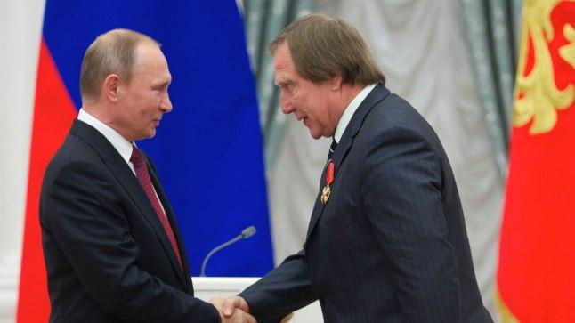 Venemaa president Vladimir Putin ja tšellist Sergei Roldugin 2016. aastal.