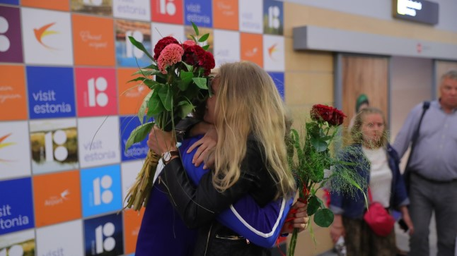 Euroopa meister Katrina Lehis ja EMi hõbe Nikolai Novosjolov saabusid kodumaale.