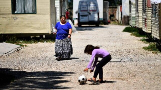 Itaalia romad elavad sageli väikestes omaehitatud külakestes linnaserval