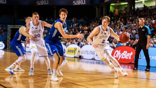 Eesti - Soome korvpall Saku suurhallis.