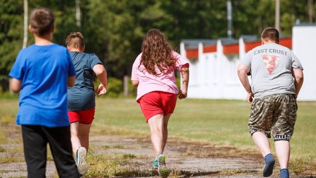 SIIT TULEB ENESEÜLETUS! Ülekaalulistele lastele suunatud terviselaagris osalejatelt ei oodata olümpiaväärilisi tulemusi. Hoopis kehalist arengut ning kasvavat tahtejõudu.