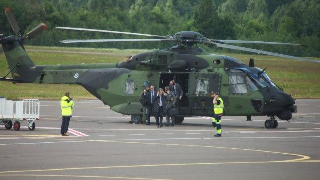 Soome president Sauli Niinistö saabus Tartu lennujaama