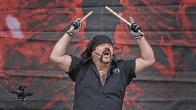 Suri ansambli Pantera trummar ja asutajaliige Vinnie Paul