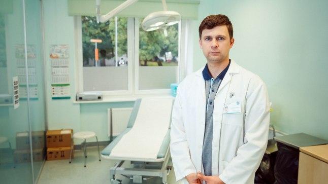 """""""Värske traumaga võib tulla traumapunkti, kuid kindlasti ei pea iga väiksema traumaga kell kaks öösel EMOsse tulema,"""" ütleb Ida-Tallinna keskhaigla ortopeed Dmitri Kulak."""