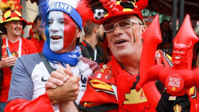 VUTIPIDU: Just sellises harmoonias valmistusid jalgpalli MMi poolfinaaliks Prantsusmaa ja Belgia fännid.