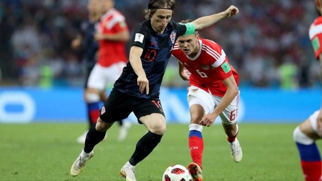 Mida rohkem palliga Luka Modricile ruumi anda, seda valusamalt ta karistab.