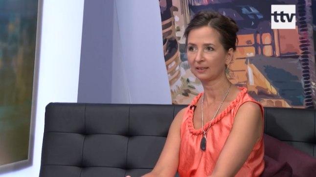 Traditsioonilisele meditsiinilie selja pööranud Janika Veski usub, et MMS ravib terveks kõik inimese haigused