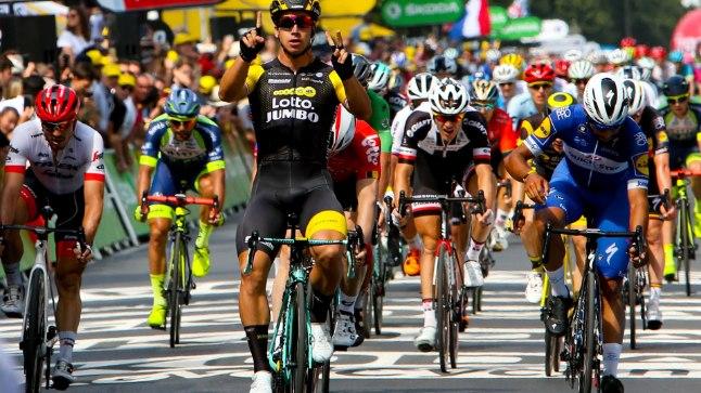 Dylan Grönewegen võis finišis käed taeva poole tõsta.