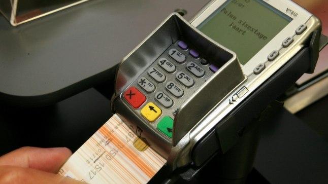 Kaardimaksed olid eile tundideks häiritud.