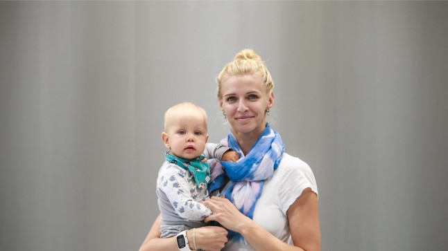 Katrina Lehis koos pisipoja Henriga.