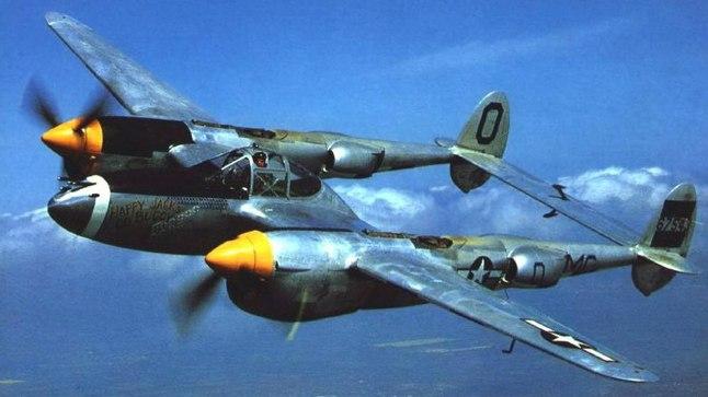 P-38 Lightning sõjalennuk 1940ndatest.