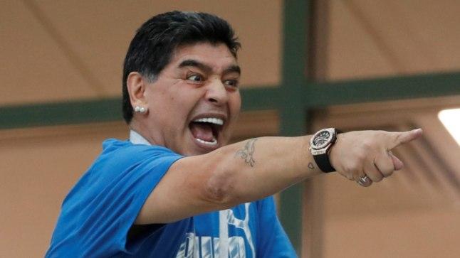 Maradona MMile kaasa elamas.
