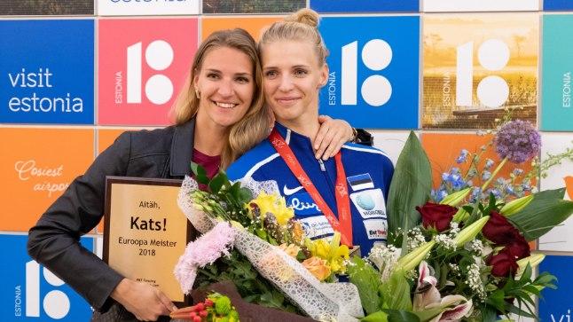 Katrina Lehis (paremal) Euroopa meistrina Tallinnas.