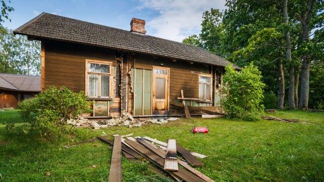 Laupäeva öösel pandi Tuhalaane külas põlema lauljatar Hedvig Hansoni maja.
