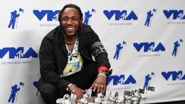 Kendrick Lamar mullu MTV videomuusikaauhindade tseremoonial.