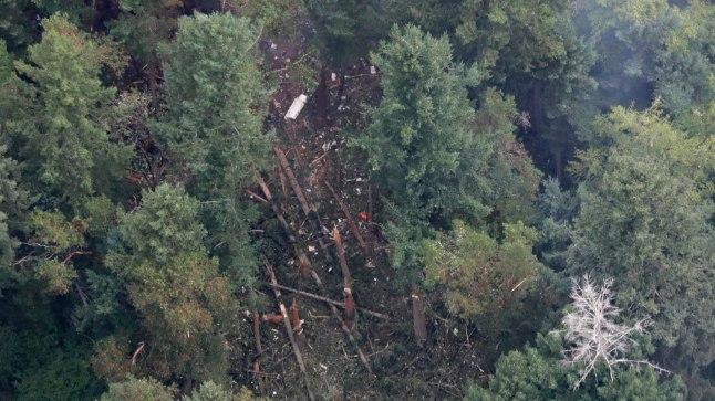 Lennufirma Horizon Airi lennukist on õnnetuse tagajärjel alles vaid väikesed tükid.