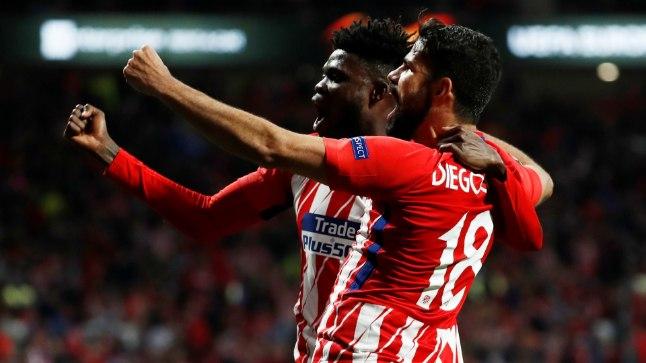 Thomas Partey (vasakul) koos Diego Costaga väravat tähistamas.