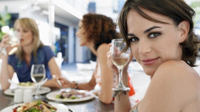 Ole alkoholiga mõõdukas! Mida vanem oled, seda kauem toibud eelmise õhtu peost.