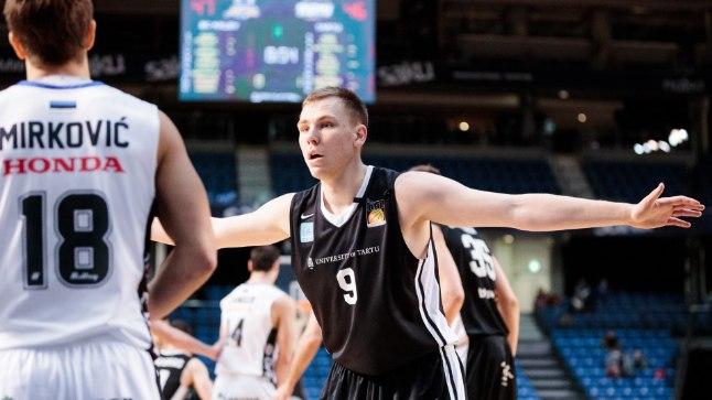 Üks Tartu ülikooli korvpallimeeskonnas jätkajaid on mullugi meeskonnas pallinud tagamängija Märt Rosenthal.