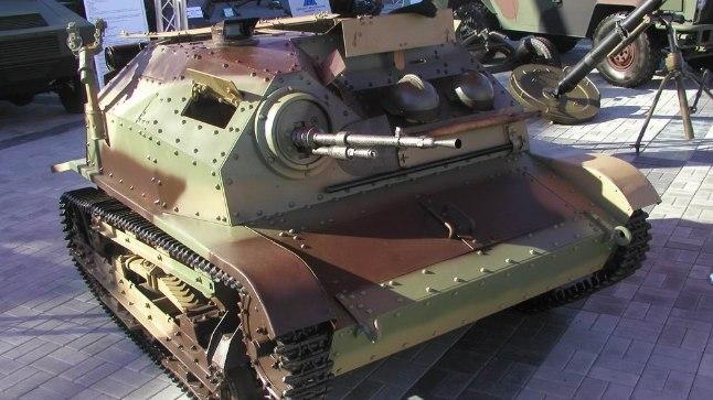 Milline Teise maailmasõja lahingumasin oli väikseim?