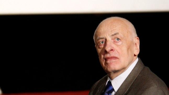 Kirjanik Mats Traat
