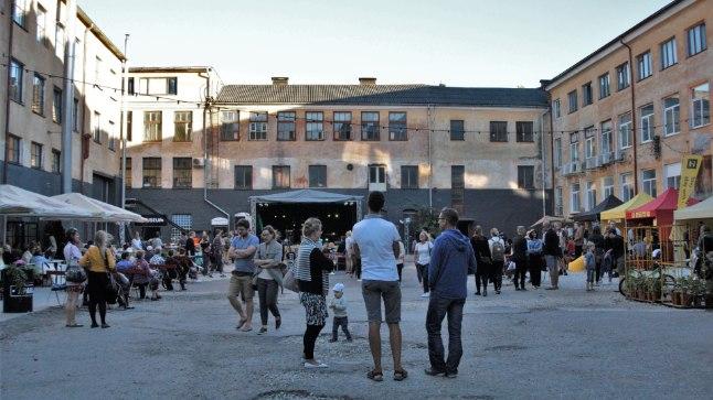 2016. aastal toimus Tartu aparaaditehase esimene festival. Tänavune festival on järjekorras seega kolmas.