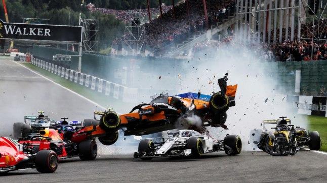 Fernando Alonso esimesest kurvist kaugemale ei jõudnud.