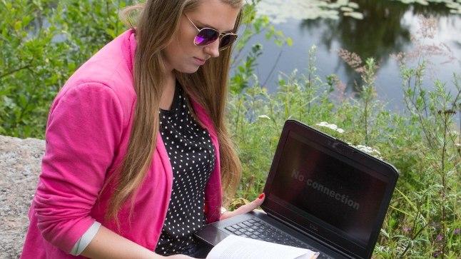 Sülearvuti ja nutitelefonid võimaldavad töö kõikjale kaasa võtta, ka puhkusele