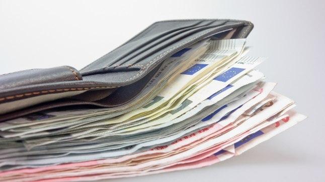 ÜHA PAKSEM: tasapisi jõuab eestlaste rahakotti rohkem raha