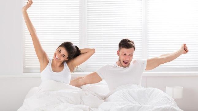Treeningu seadmine varajaseks hommikutunniks ajab sind esialgu küll äratuskellaga tülli, kuid teadmine, et hommikune treening põletab rohkem kaloreid, võiks sind motiveerida voodist välja tulema.