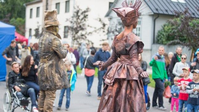 Uue Maailma asum on tänu festivalile sel nädalal täis tänavamelu.