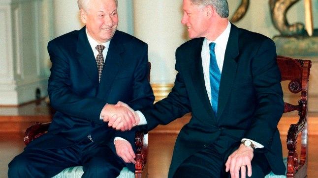 See, et Jeltsin ja Clinton olid vähemalt väliselt lahutamatud sõbrad, ilmneb nüüd avalikustatud dokumentidest.