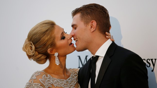 Paris Hilton ja Chris Zylka