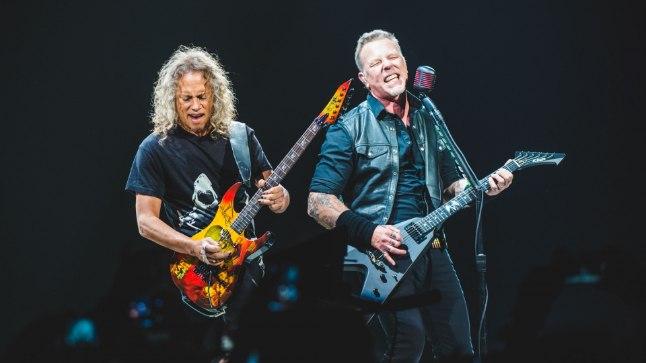 Metallica kontsert tänavu Itaalias: Lars Ulrich ja James Hetfield. Viimane on vähemalt minevikus paistnud silma liigagi tõsise viskilembusega.