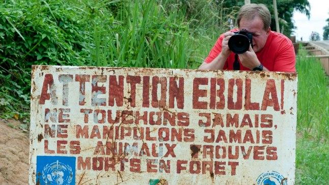Sildid hoiatavad ebola eest. Umbes pooled nakatunutest surevad.