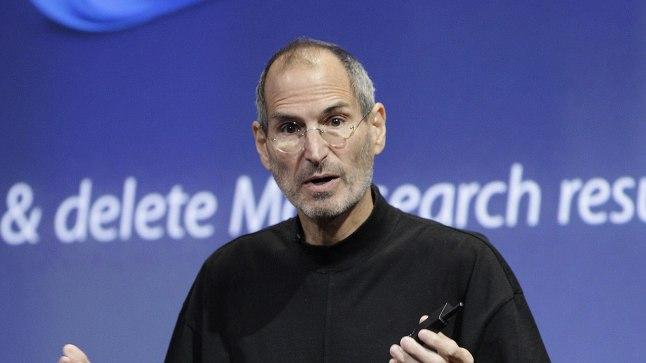 HAIGUSEST PURETUD: Steve Jobs poolteist aastat enne surma, aprillis 2010. Vähidiagnoosi oli ta saanud 2003. aastal, kuid lükanud alternatiivmeditsiini uskujana operatsiooni ja keemiaravi edasi, eelistades nõelravi ja mahlu. Mitme eksperdi väitel võinuks õigeaegne sekkumine Jobsi elu pikendada või ehk koguni päästa.