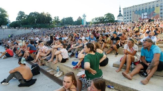 Jalgpalli MMi ühisvaatamised Vabaduse väljakul olid väga populaarsed.