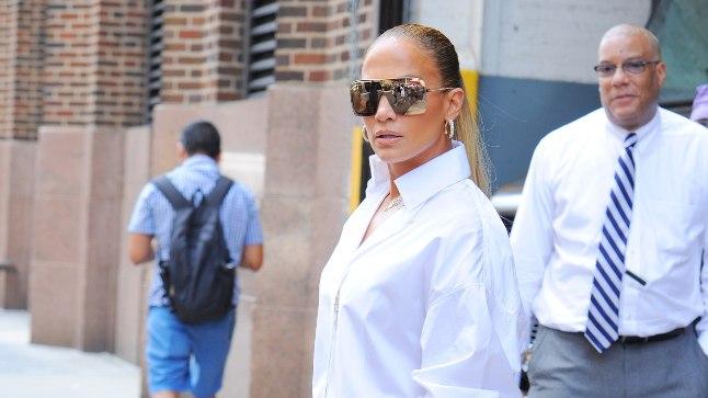 Jennifer Lopez palju kõmu tekitanud saabastes