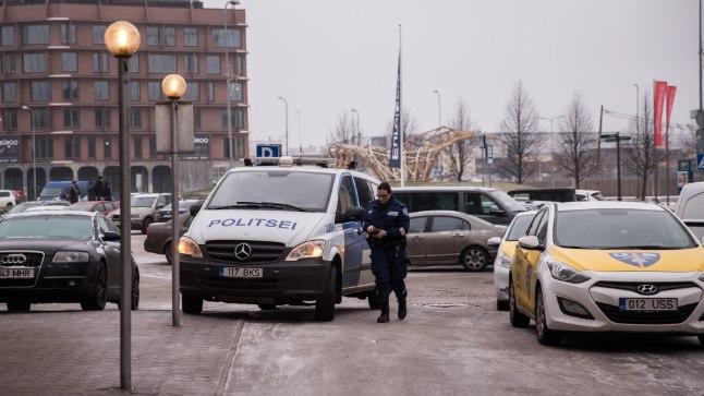 """2 февраля 2017 года в 13:50 в баре гостиницы """"Метрополь"""" на улице Розени в Таллинне получил огнестрельные ранения мужчина 1971 года рождения."""