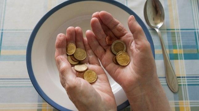 Kahjuks ootab paljusid inimesi pensionipõlves ees sentide lugemine