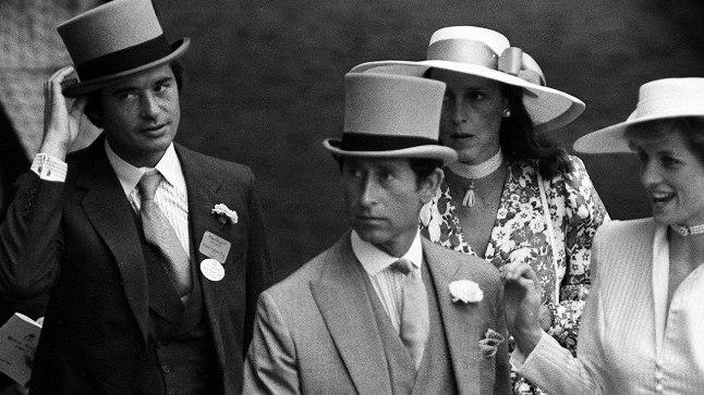 Prints Charles ja Diana koos Oliver Hoare'i ja tema naisega 1986. aastal Ascoti võiduajamisel.